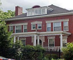 La casa de los vecinos de los Obamas